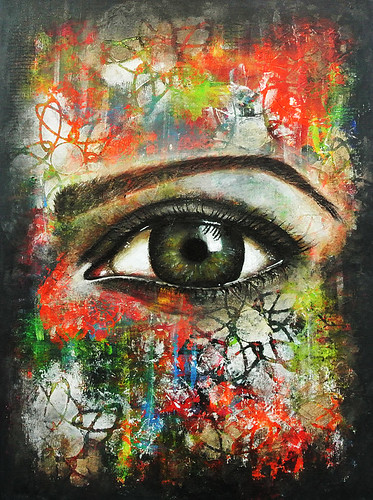 Mixed-media-eye-on-a-wood-panel