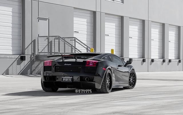 Strasse Wheels Lamborghini Superleggera