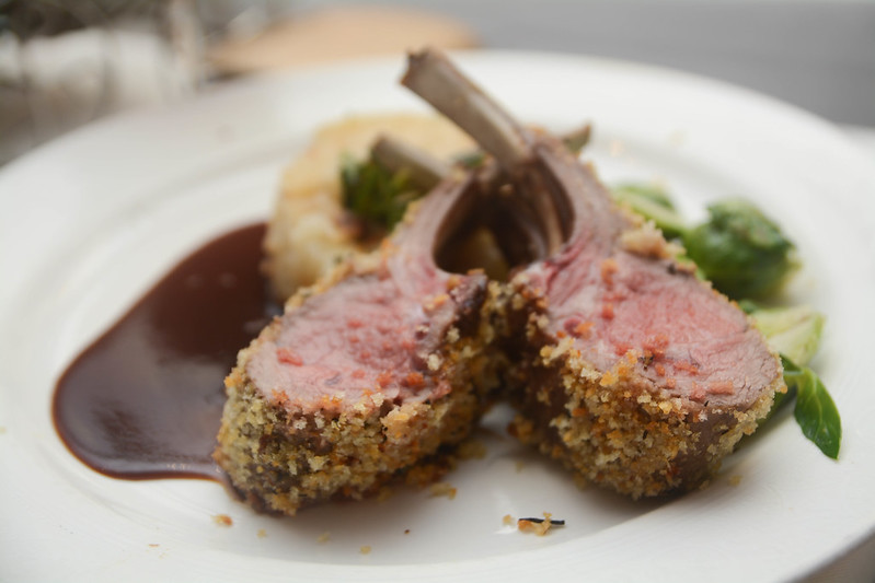 Roasted Rack of Lamb Medium
