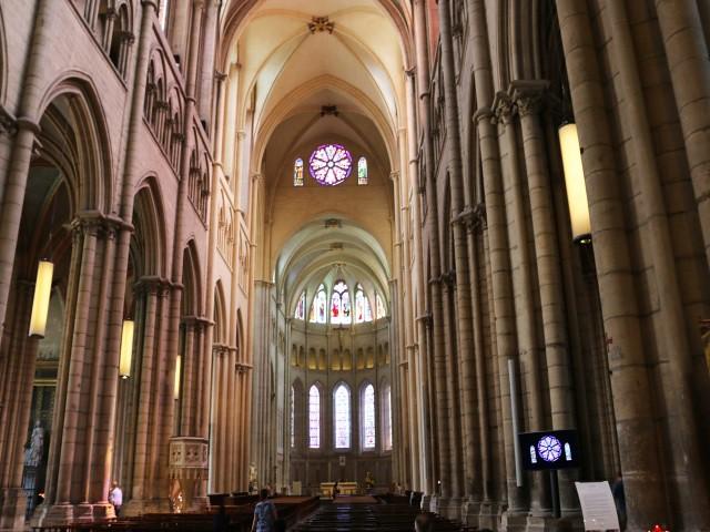 catedrala obiective turistice lyon 3