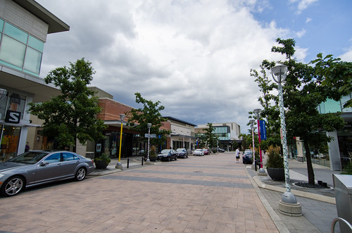 Shops at Don Mills