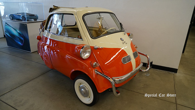1957 BMW Isetta at Red White and Blue theme Art Center Car Classic 2017