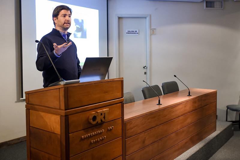 Conferencia: Técnicas de Machine Learning para el procesamiento del habla