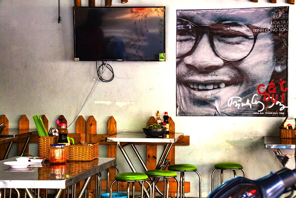 Trinh Cong Son image in 6th District cafe--Saigon