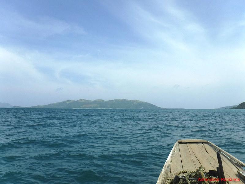 On the way to Bulubadiangan Island