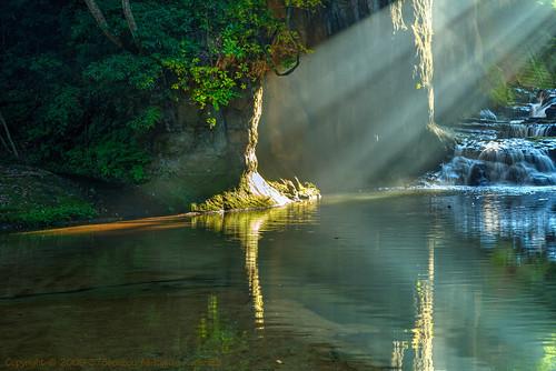 まるでジブリの世界で有名になった濃溝の滝 Copyright-©-2009-373bousou-All-Rights-Reserved (4)