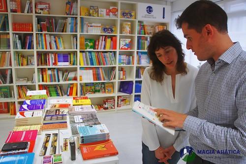 Antigua Librería Aprende Chino Coreano Japonés Hoy Madrid 27