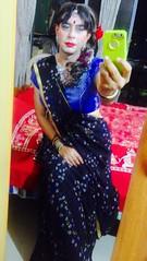 Fashionista taking selfies in mirror