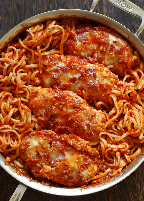 Chicken Spaghetti in Homemade Italian Tomato Sauce