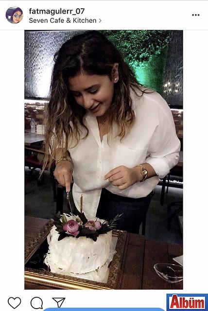 Fatma Güler, Seven Cafe & Kitchen'de yeni yaşını dostlarıyla birlikte kutladı.