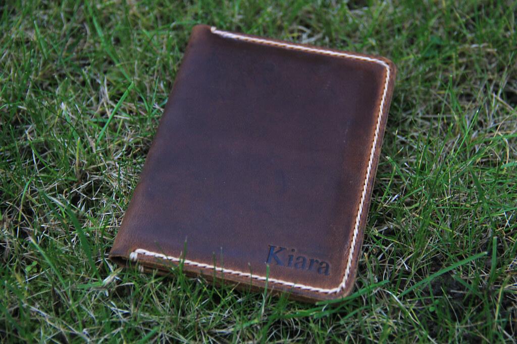 JooJoobs personalised leather travel wallet