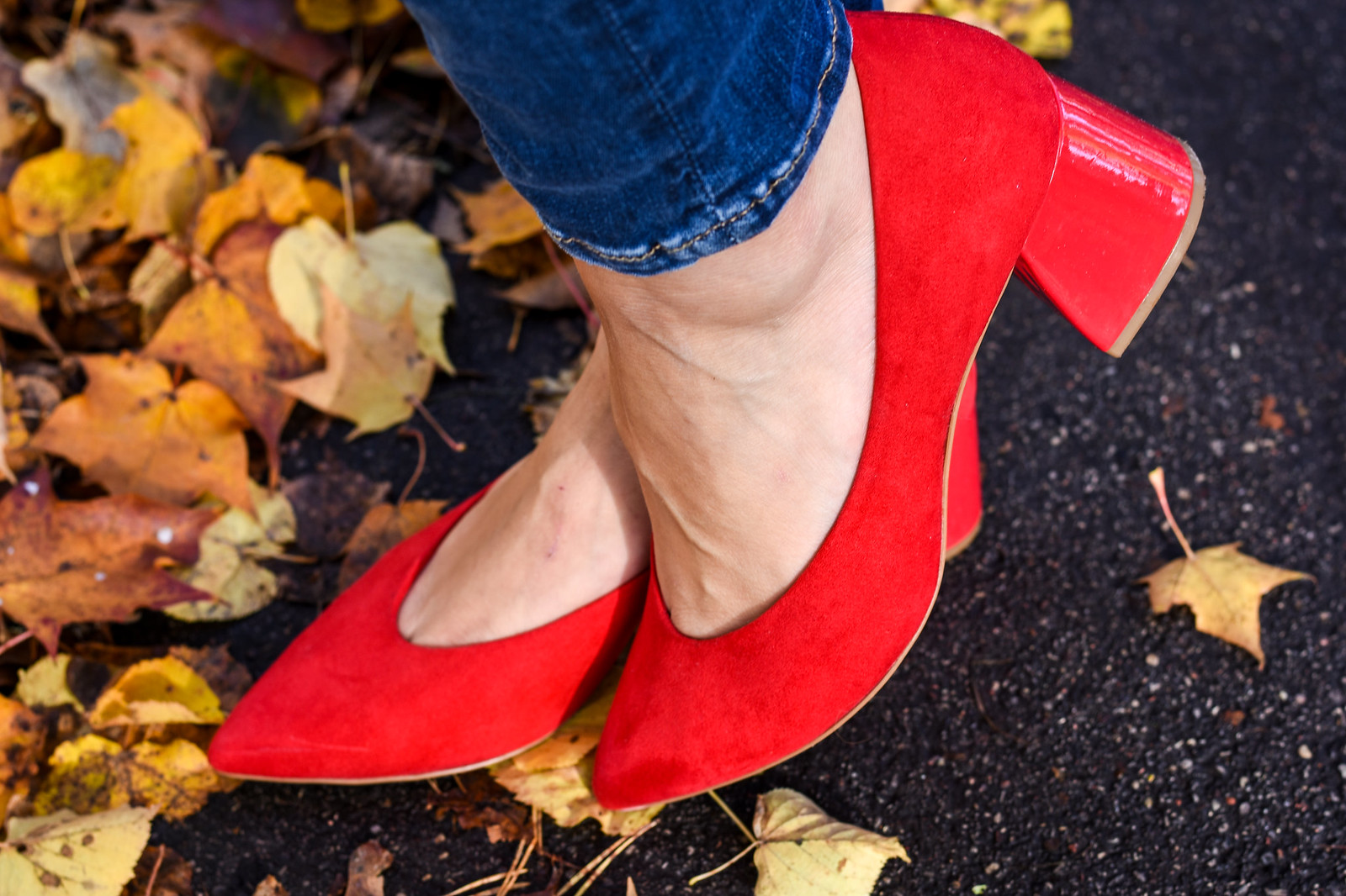 Red Stradivarius block heels