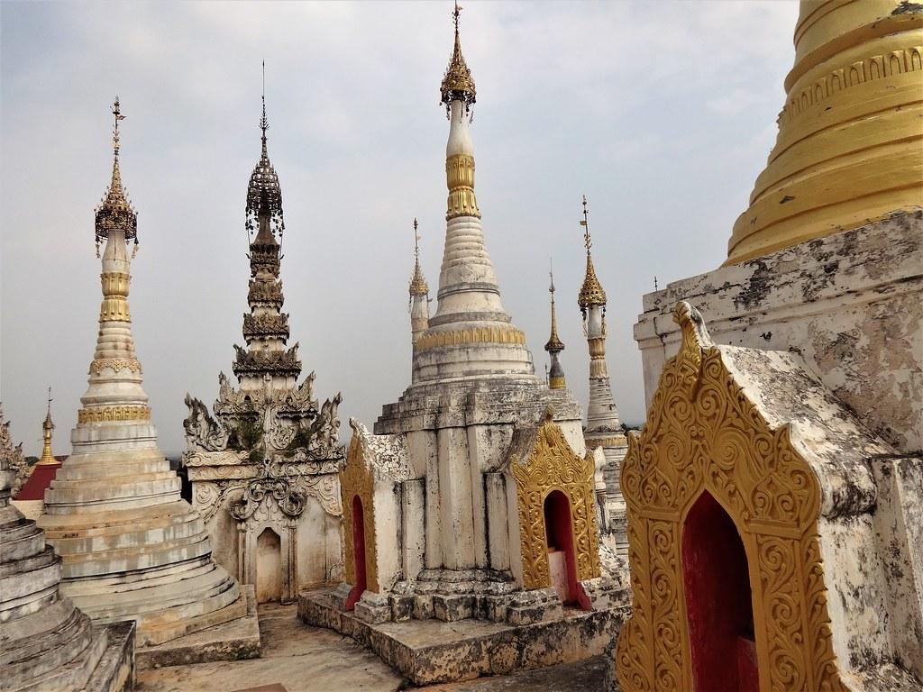 Pagoda Shwe Inn Dain, Inle Mjanma