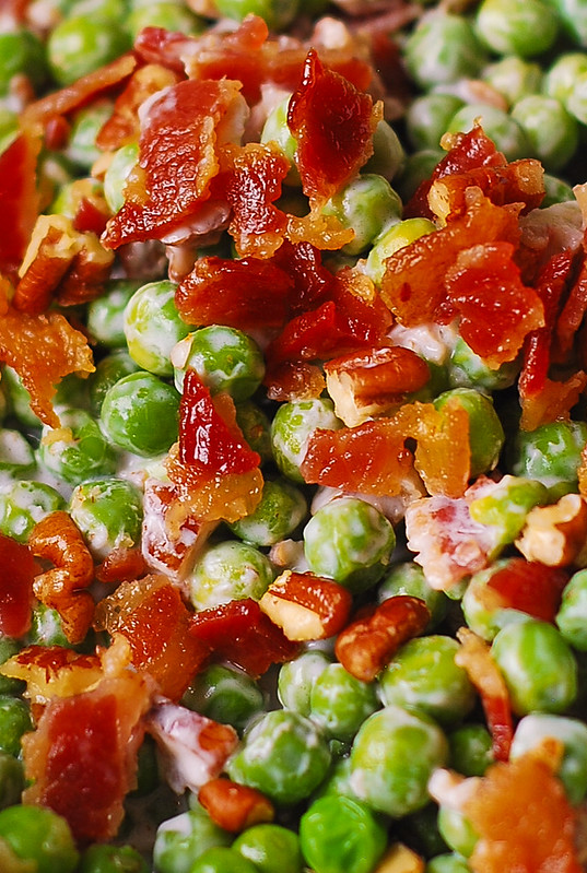 crunchy pea salad with bacon and pecans, crunchy pea salad with nuts, creamy pea salad with bacon and pecans, best holiday salad recipe