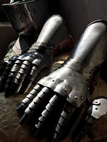 Comfy gloves?