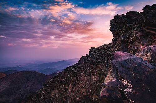 marrakeschtensiftelhaouz marokko ma rocks morocco oukaimeden atlas sunrise northafrica travel panoramic view sonydscrx1rm2 carlzeissplanar35mmf20 nature purple violet dramatic autofocus