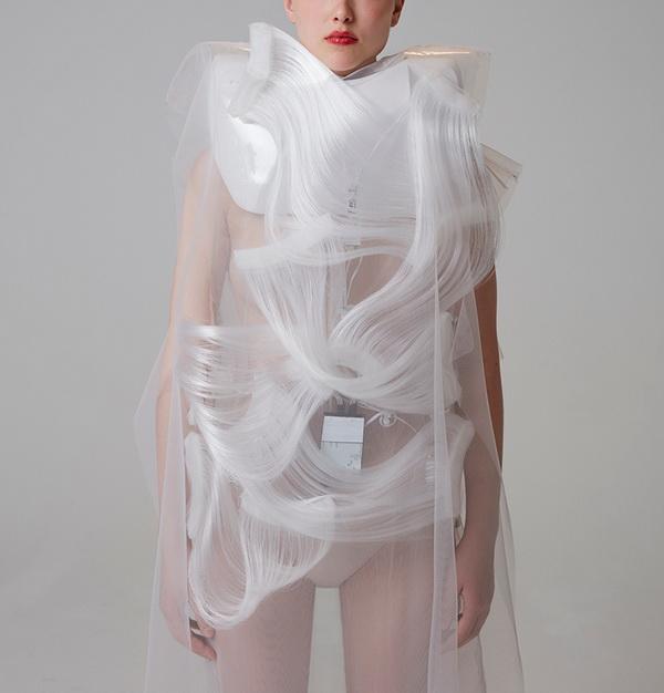 """Bộ sưu tập """"Possible Tomorrows"""" của Ying Gao"""