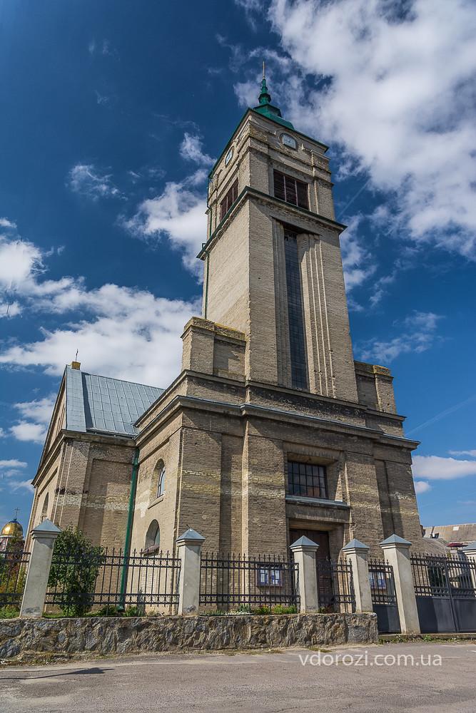 Kostel_Petra_i_Pavla_Zdolbuniv-0344