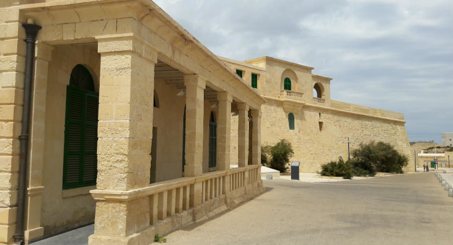 Wat is er te doen in Valletta, Malta? Fort St. Elmo | Mooistestedentrips.nl