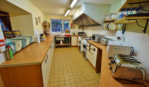 The Star Bunkhouse kitchen in Brecon Beacons