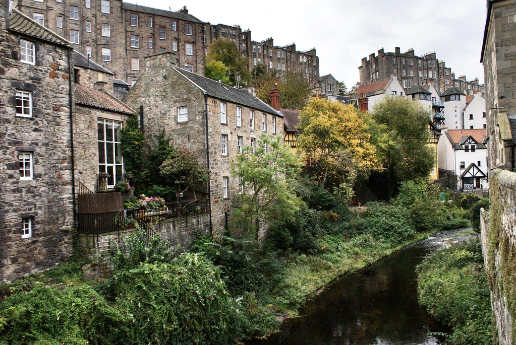 Village de Dean à Edimbourg le long de la rivière Water of Leith.