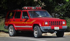 Manassas Park Fire & Rescue Staff Vehicle 509 2001 Jeep Cherokee