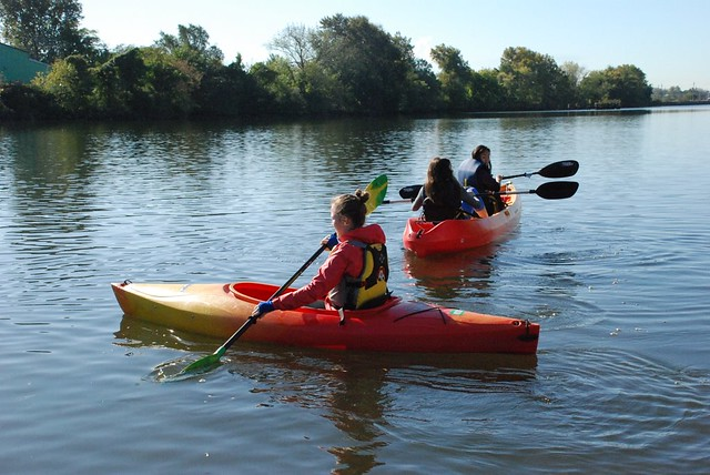 US Sustainable Chemistry Class Kayaking on the Schuylkill river