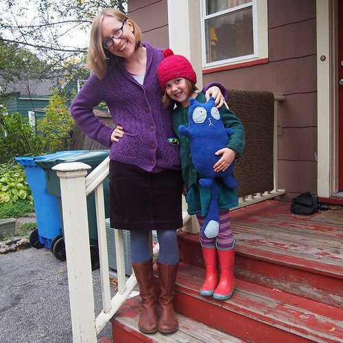 "Maddy as ""Peg(+Cat)"" and me as ""Peg's Mom"""