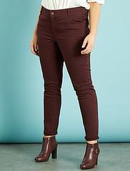 pantalon-slim-en-gabardine-stretch-prune-grande-taille-femme-vl695_5_fr2