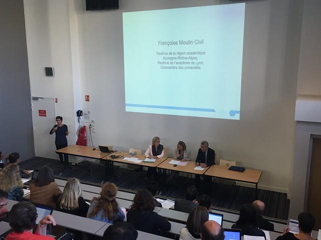 Séminaire inter-académique pour la scolarisation des élèves sourds et malentendants (collège de la Tourette, Lyon 1er)
