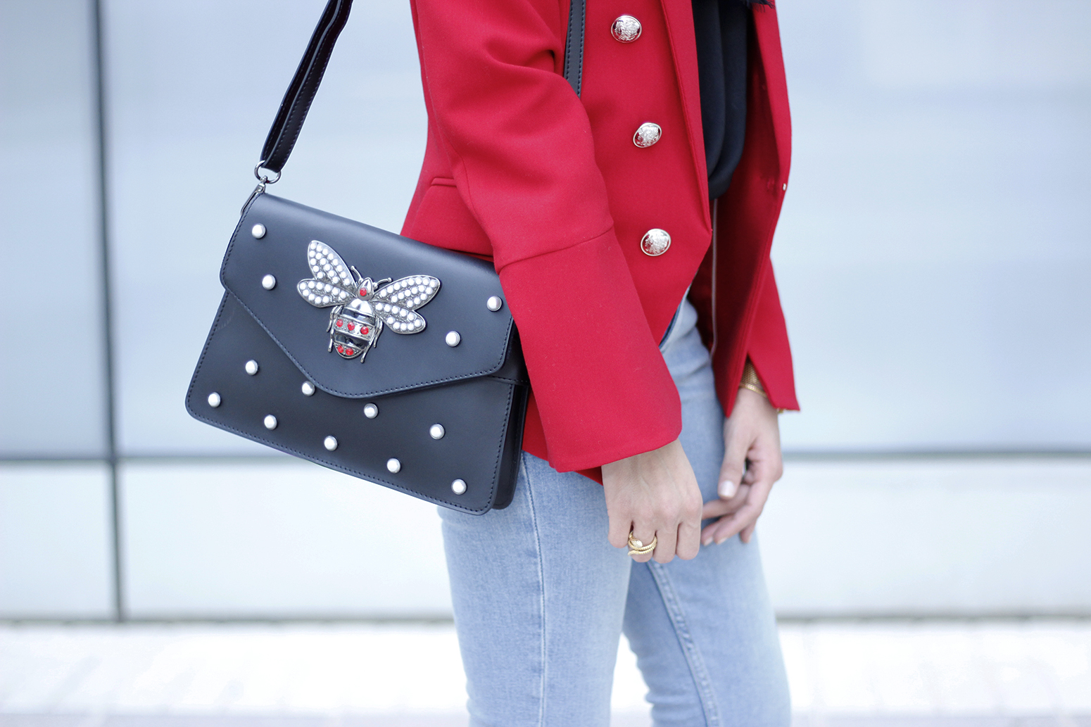 red blazer black heels bee bag denim lace top style fashion outfit trend autumn11