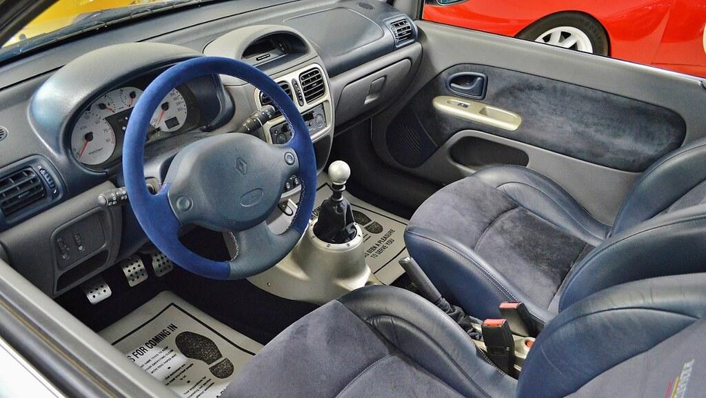 2003-renault-clio-v6c