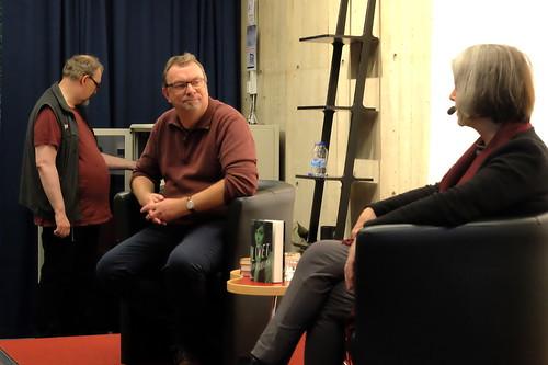 Mats Granberg samtalar med Åsa Moberg
