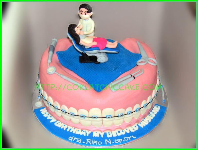 Cake dentist drg Riko