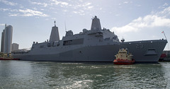 USS Anchorage (LPD 23) arrives at B Street Pier to kick off Fleet Week San Diego, Oct. 11. (U.S. Navy/MC3 Danny Kelley)