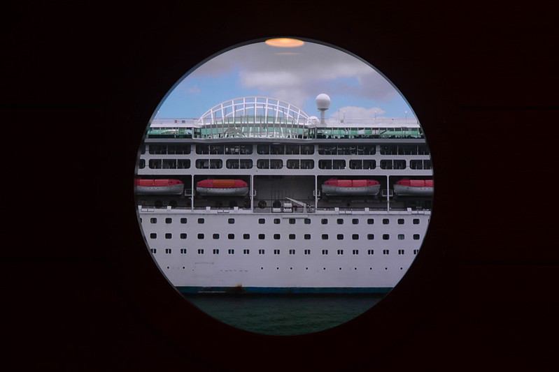 Carnival in the Magical Porthole