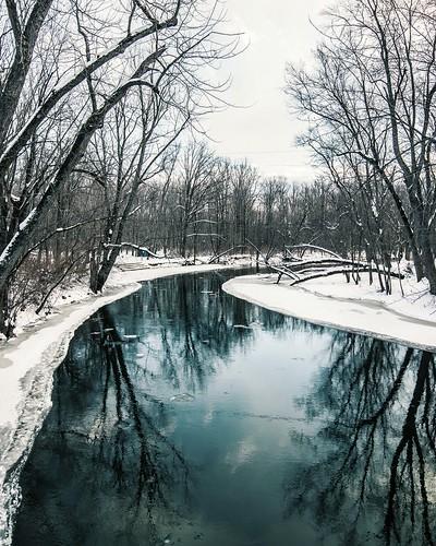 Grand River in Holt, MI. Photographer Dan Price