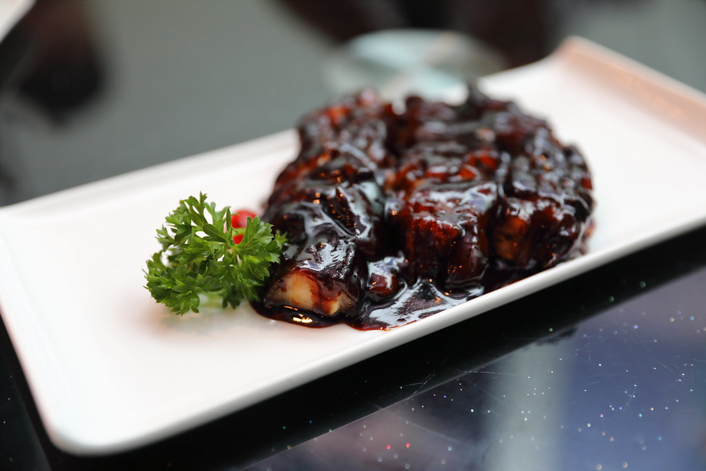 CharRestaurant8