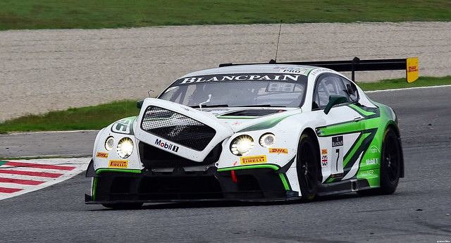Bentley Continental GT3 / Guy Smith / GBR / Oliver Jarvis / GBR / Steven Kane / GBR / Bentley Team M-Sport