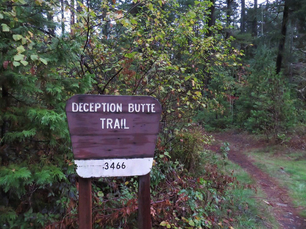 Deception Butte Trailhead