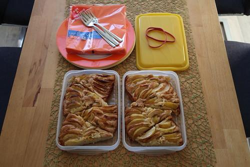 Blitzapfelkuchen (zum Transport verpackt)