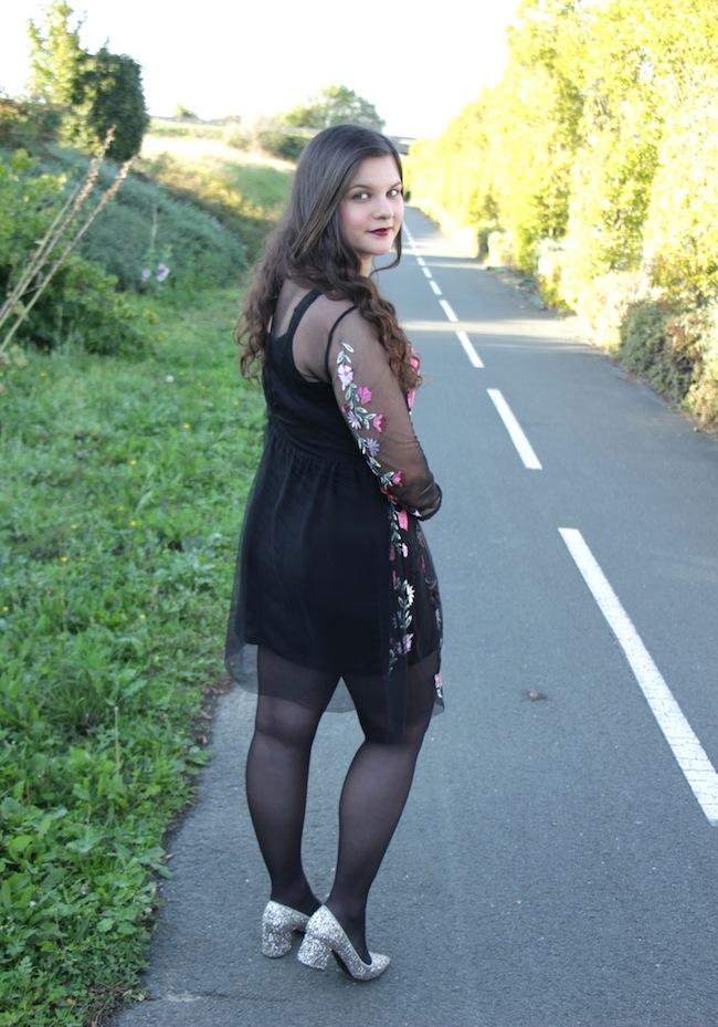 comment_porter_petite_robe_broderi_conseils_blog_mode_la_rochelle_6