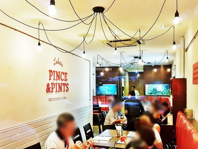 Pince & Pints Interior