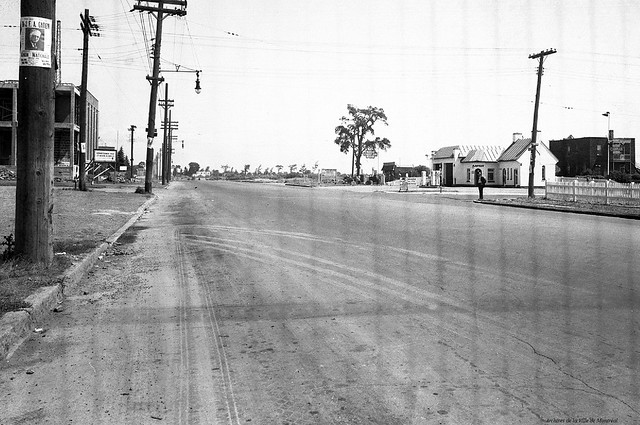 Mercier. Rue Sherbrooke (intersection de Cadillac). 1948. VM95-Y-1-5_21-001 (détail). Archives de la Ville de Montréal.