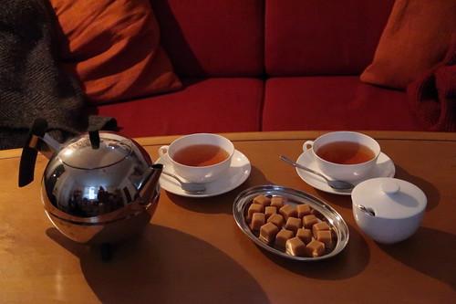 Vanilla Fudge (von House of Caramel) zu schwarzem Tee (Flugtee Nepal SFTGFOP1 Second Flush)
