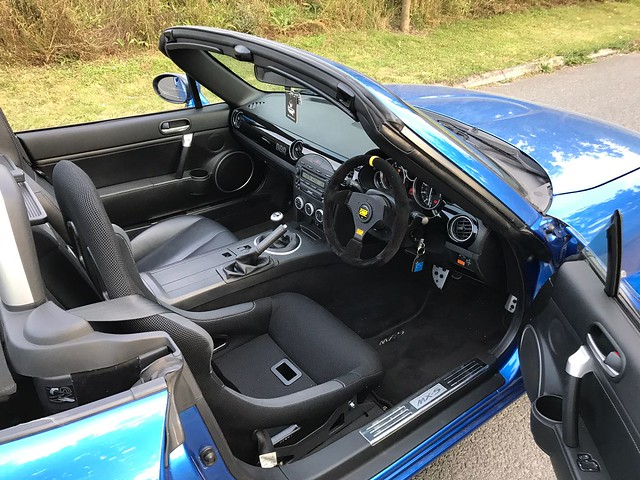 Seats and Rails for a MK3 (NC) MX-5 ?