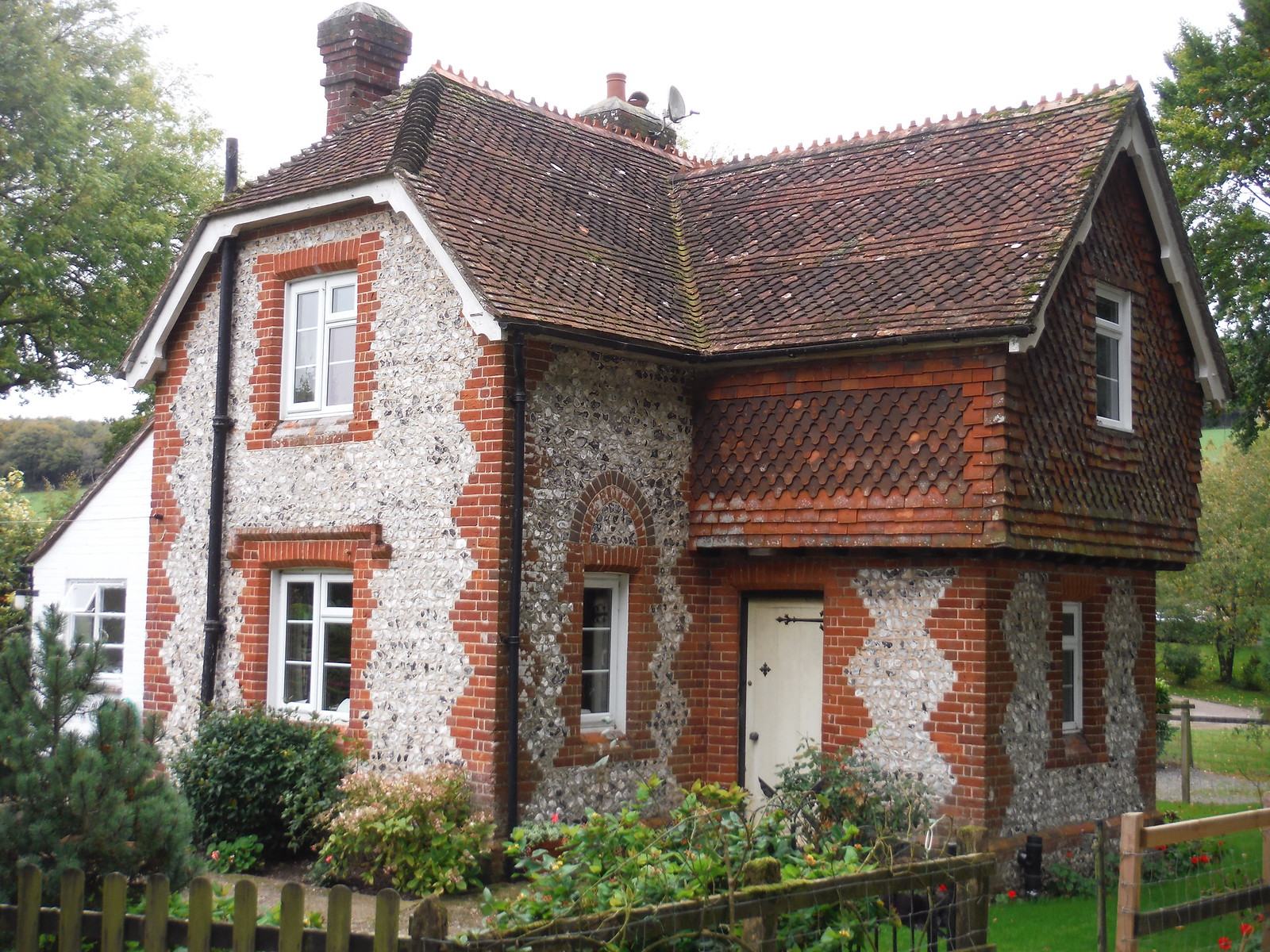 Whitewool Lodge SWC Walk 183 - South Downs Way Section 2: West Meon to Petersfield