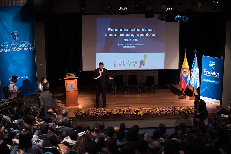 Ministro-Hacienda-Mauricio-Cardenas-en-el-Poli1