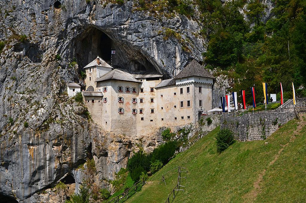 59_Slovenia_Predjama Castle