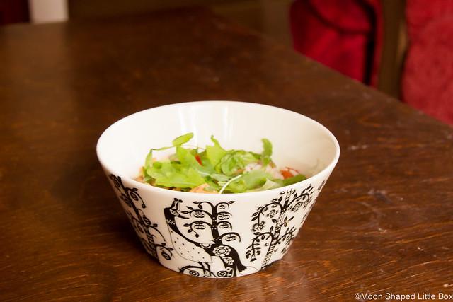 Kummalliset Tavat Blogihaaste Kung po kiinalainen ruoka rucola iittala mustavalkoinen taika